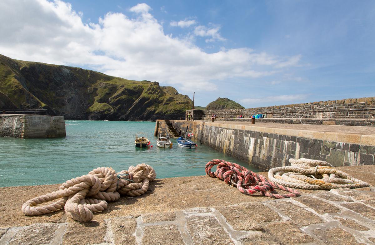 011 Harbours & Boats_EliotDB_Mullion_Aug2016-4
